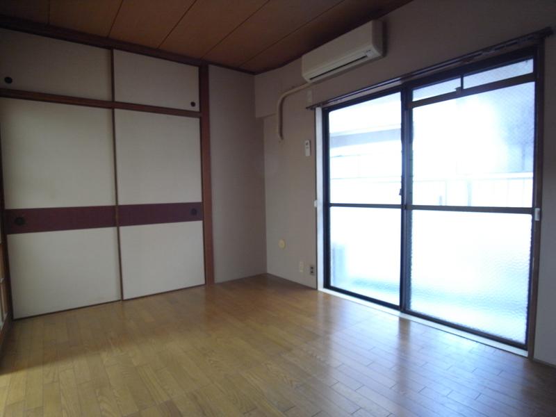 物件番号: 1025882294 鯉川マンション  神戸市中央区下山手通4丁目 1LDK マンション 画像1
