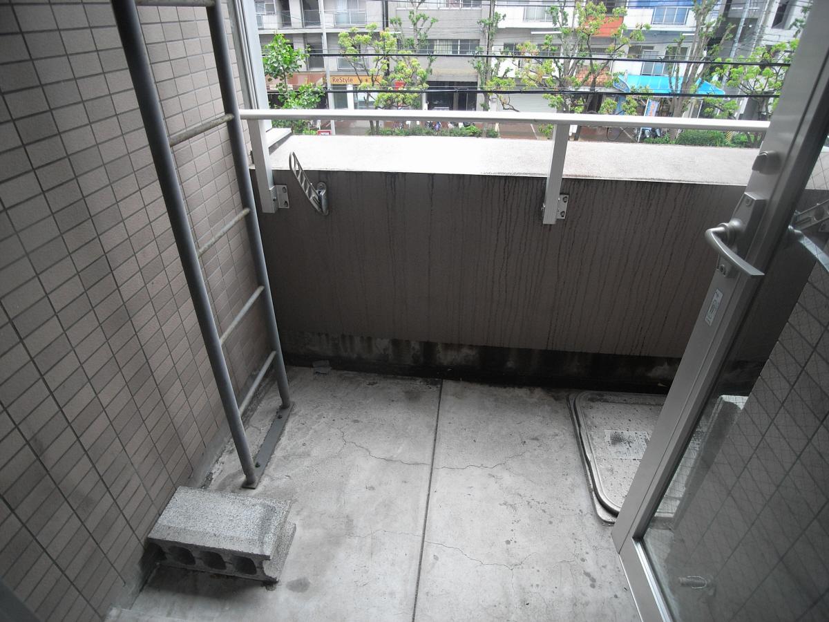 物件番号: 1025826737 メゾン・ヌーベル新神戸  神戸市中央区二宮町2丁目 2LDK マンション 画像9