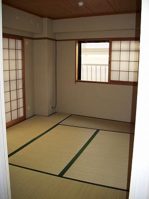 物件番号: 1025827504 サンヴィラ六甲道パートⅢ  神戸市灘区徳井町 3LDK マンション 画像3