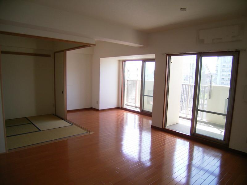 物件番号: 1025831948 レジディア三宮東  神戸市中央区磯上通3丁目 2LDK マンション 画像4