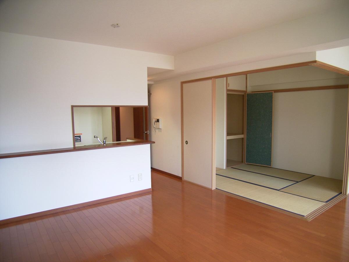 物件番号: 1025831948 レジディア三宮東  神戸市中央区磯上通3丁目 2LDK マンション 画像2