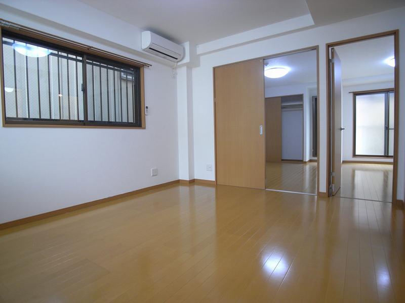 物件番号: 1025839639 レガーロ三宮  神戸市中央区旭通3丁目 2LDK マンション 画像1