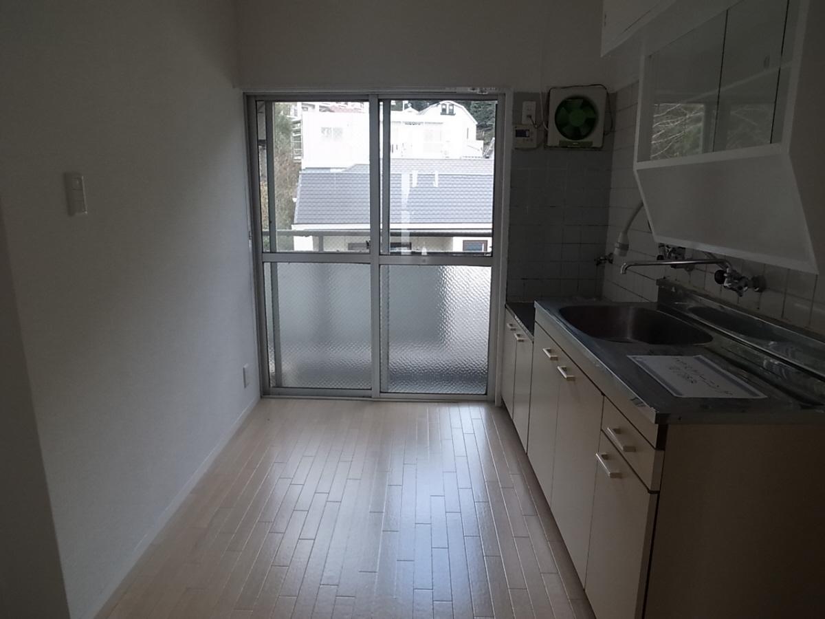 物件番号: 1025835232 熊内マンション  神戸市中央区熊内町5丁目 2DK マンション 画像2