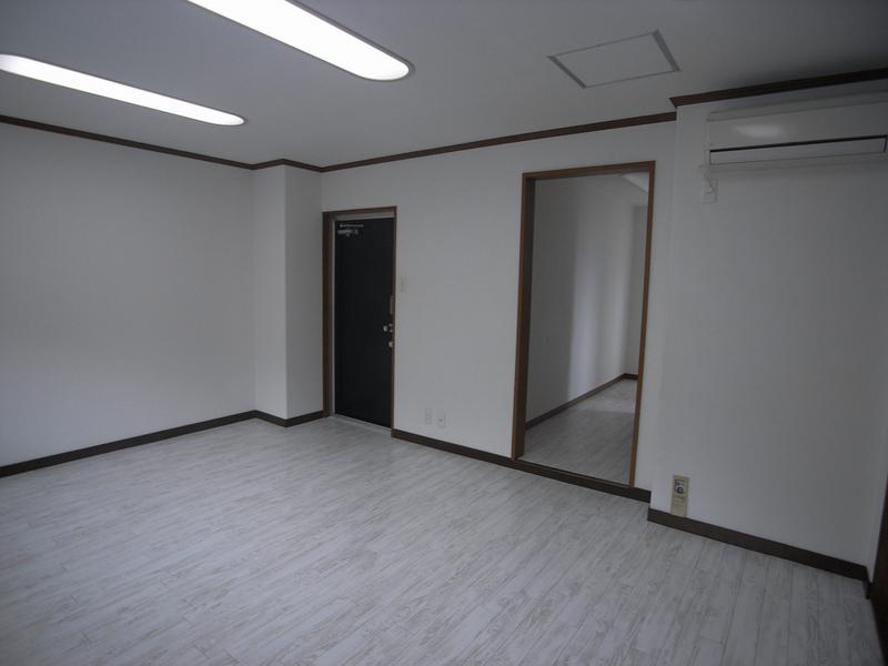 物件番号: 1025835830 新神戸フラッツ  神戸市中央区坂口通6丁目 1LDK マンション 画像8