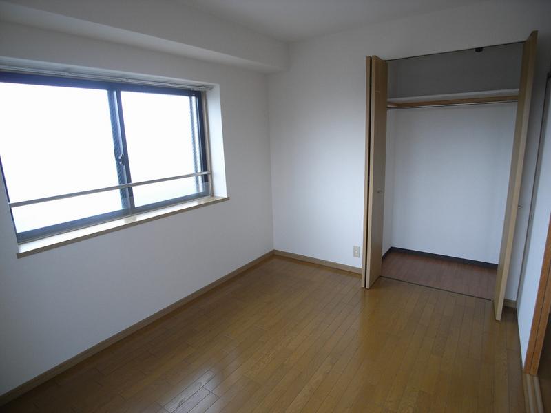 物件番号: 1025881191 プレイス榎本  神戸市兵庫区上沢通4丁目 3LDK マンション 画像4