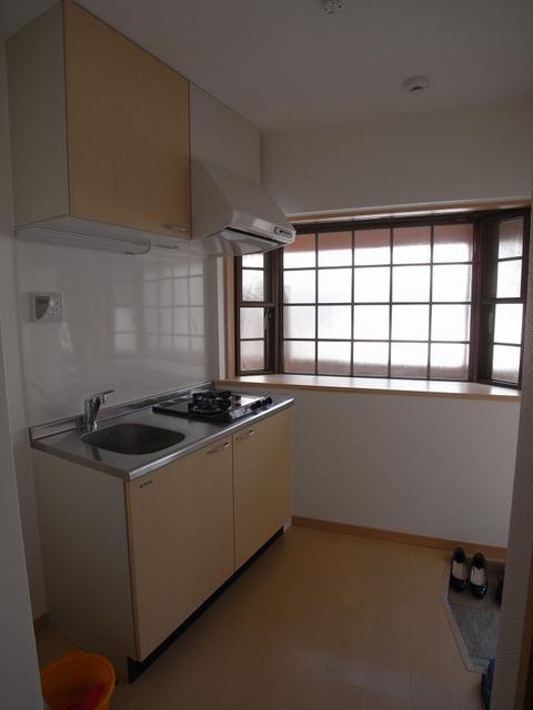 物件番号: 1025837965 楠町ツルマンション  神戸市中央区楠町1丁目 1K マンション 画像4