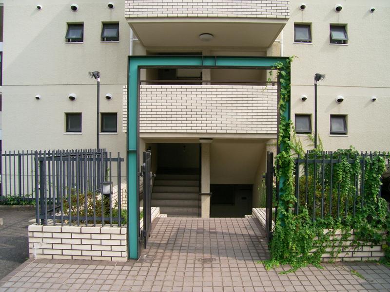物件番号: 1025838023 ワコーレ赤坂山手  神戸市灘区赤坂通8丁目 3LDK マンション 画像2