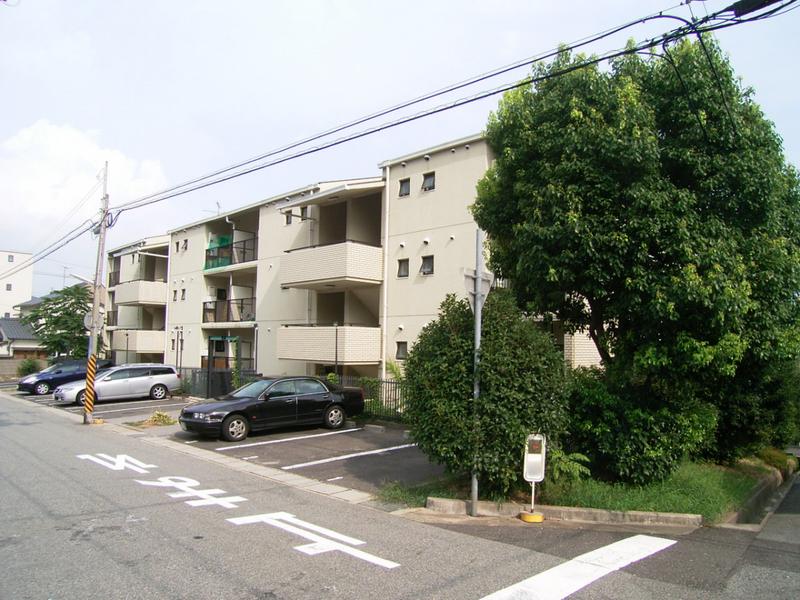物件番号: 1025838023 ワコーレ赤坂山手  神戸市灘区赤坂通8丁目 3LDK マンション 画像1