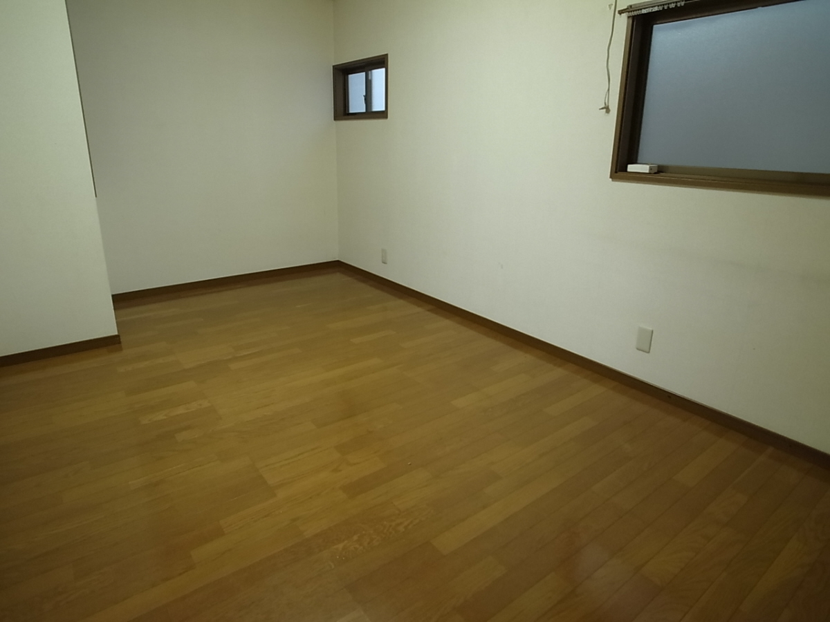物件番号: 1025838271 山本通4丁目貸家  神戸市中央区山本通4丁目 2LDK 貸家 画像12