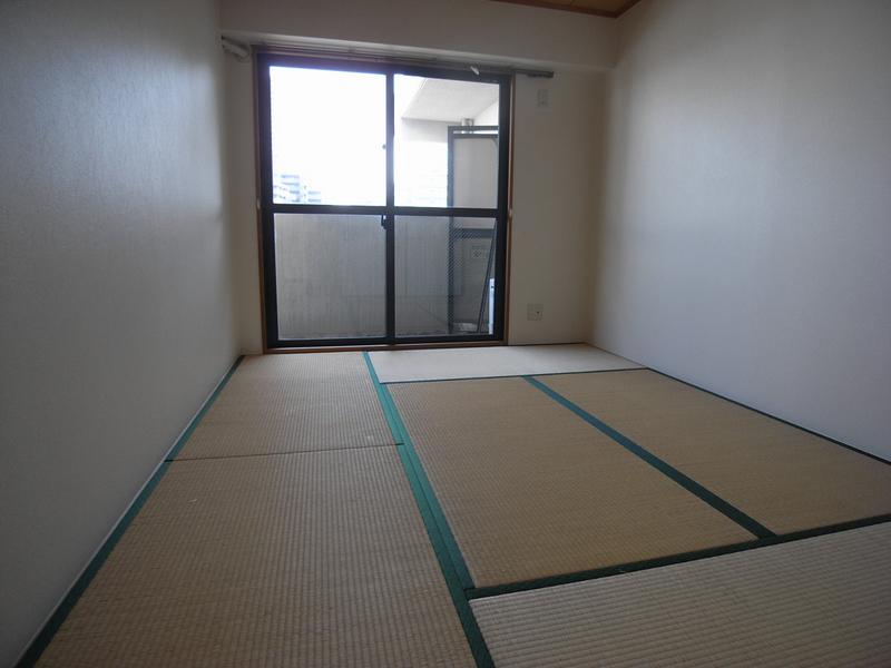 物件番号: 1025838966 ウエストコート1番館  神戸市兵庫区塚本通8丁目 3LDK マンション 画像8