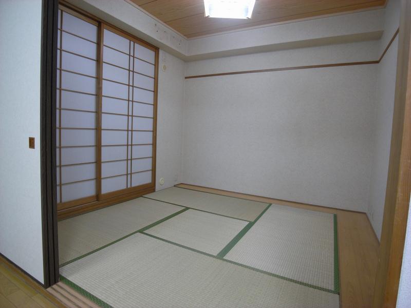 物件番号: 1025875647 ソナーレ新神戸  神戸市中央区二宮町2丁目 3LDK マンション 画像4