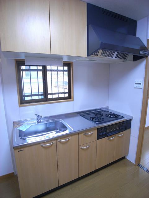 物件番号: 1025870305 リーフマンション  神戸市中央区旭通2丁目 1LDK マンション 画像2