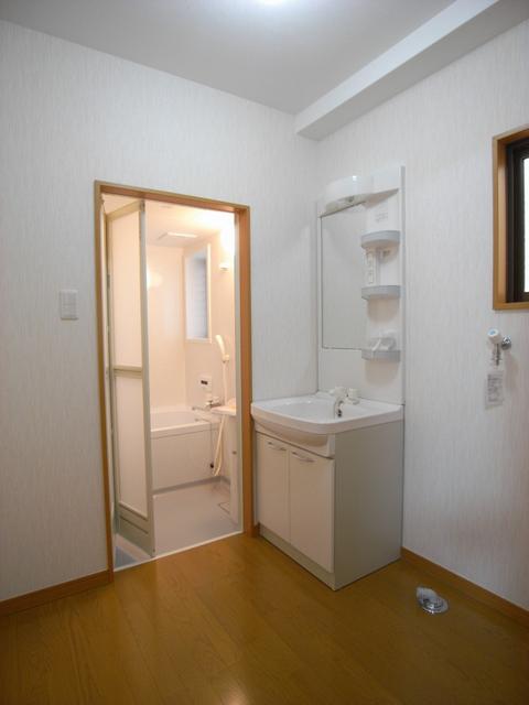 物件番号: 1025870305 リーフマンション  神戸市中央区旭通2丁目 1LDK マンション 画像3
