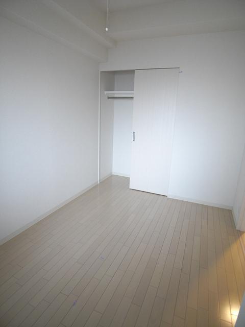 物件番号: 1025881342 エステムプラザ神戸西Ⅴミラージュ  神戸市兵庫区西宮内町 2K マンション 画像2