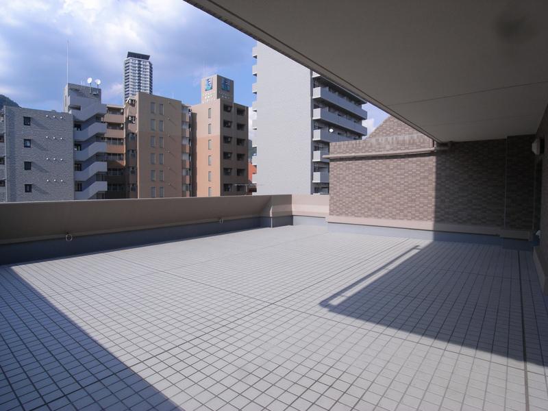 物件番号: 1025840435 リーガル新神戸パークサイド  神戸市中央区生田町2丁目 2LDK マンション 画像18