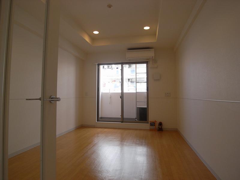 物件番号: 1025881292 インベスト神戸エアフロント  神戸市中央区北本町通4丁目 1K マンション 画像2
