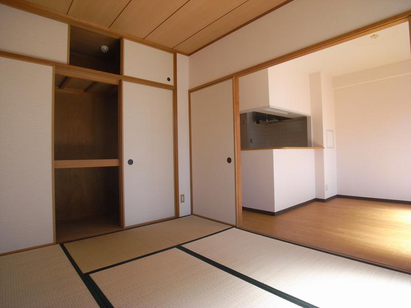 物件番号: 1025841641 ピソ・矢部  神戸市兵庫区矢部町 2LDK マンション 画像2