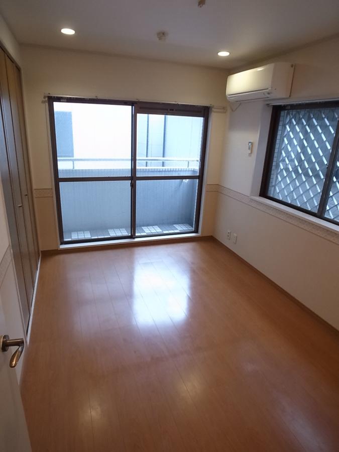 物件番号: 1025844085 コージコートPARTⅡ  神戸市中央区籠池通3丁目 2LDK マンション 画像2