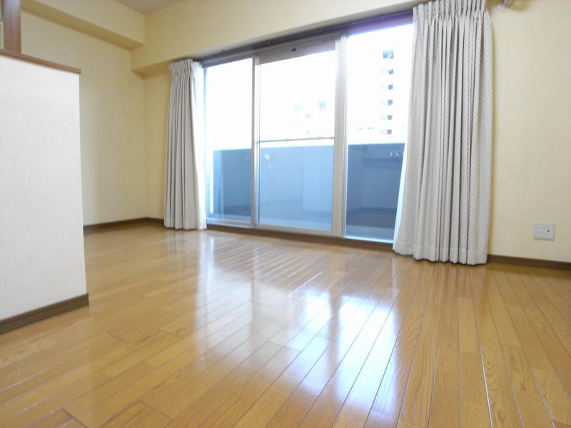 物件番号: 1025844283 カサベラ中山手通  神戸市中央区中山手通2丁目 2LDK マンション 画像4