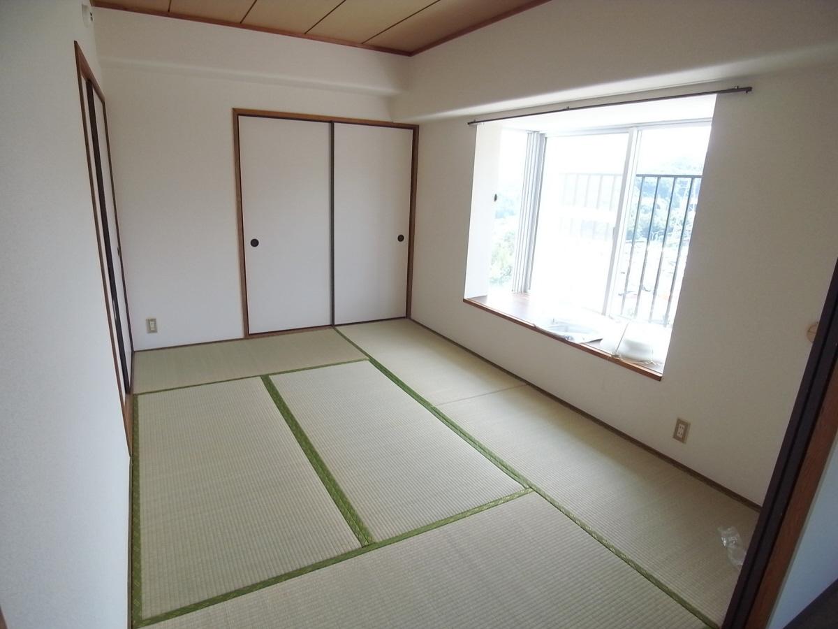 物件番号: 1025844730 ルネ須磨  神戸市須磨区妙法寺字蓮池 4LDK マンション 画像7