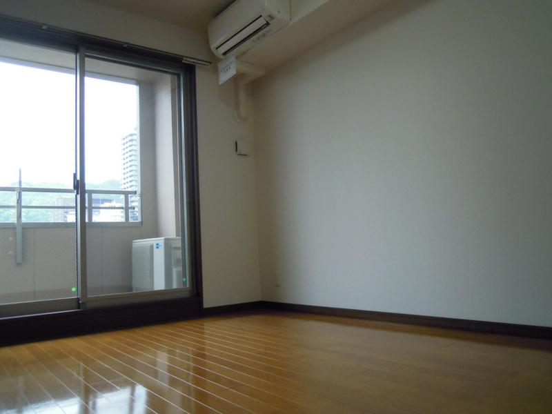 物件番号: 1025845942 ルミエール オクティア  神戸市中央区元町通3丁目 1LDK マンション 画像9