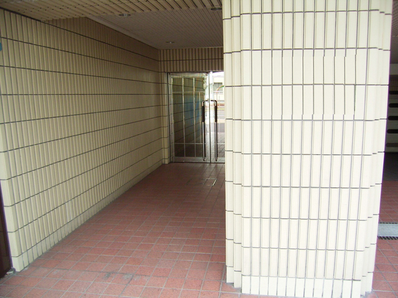 物件番号: 1025847371 ワコーレアルテ中山手  神戸市中央区中山手通3丁目 4LDK マンション 画像1