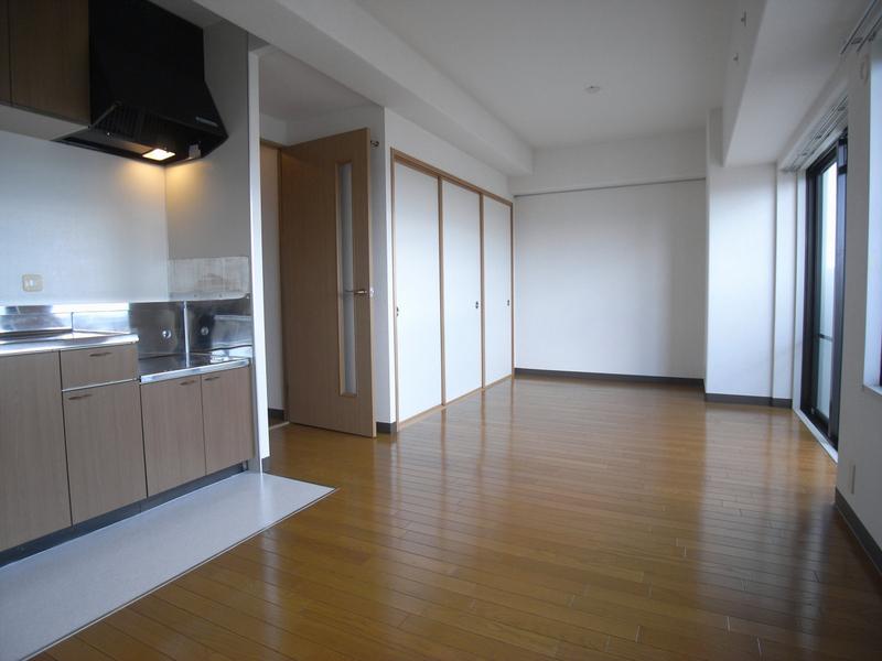 物件番号: 1025847709 エテルノ神戸  神戸市中央区国香通3丁目 2SLDK マンション 画像2