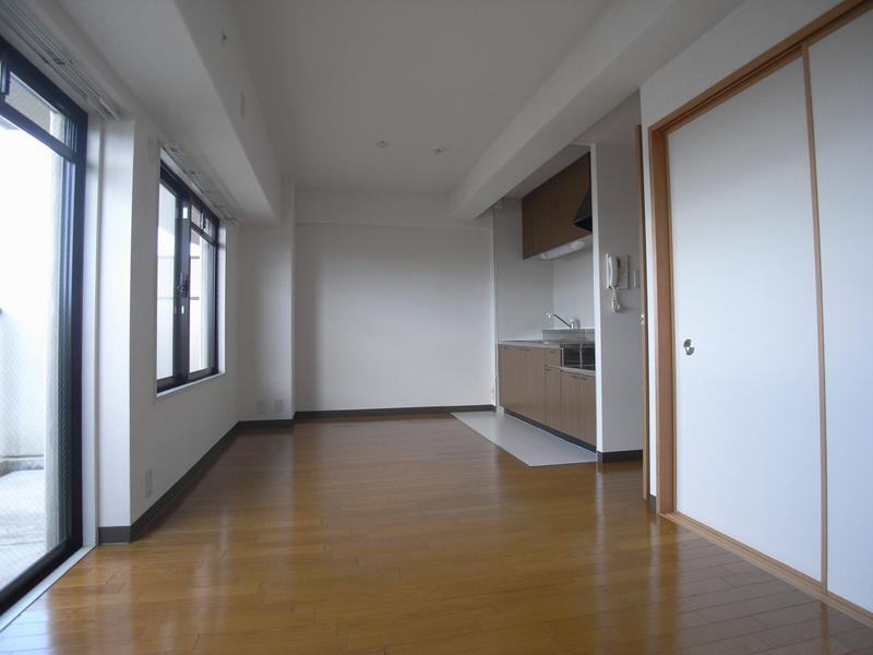 物件番号: 1025847709 エテルノ神戸  神戸市中央区国香通3丁目 2SLDK マンション 画像3