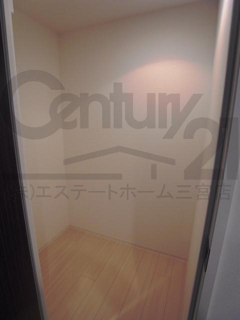 物件番号: 1025875526 シティタワー神戸三宮  神戸市中央区旭通4丁目 2LDK マンション 画像6