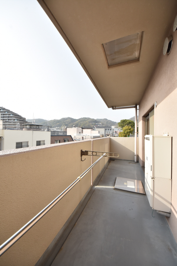 物件番号: 1025850065 神戸中山手ハウス  神戸市中央区中山手通6丁目 2LDK マンション 画像13