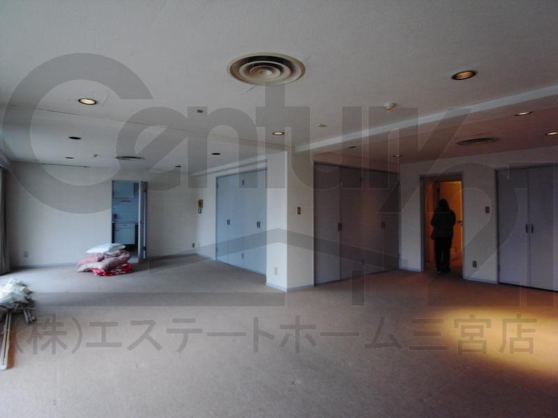 物件番号: 1025865341 第4スカイマンション  神戸市中央区北野町2丁目 3LDK マンション 画像1