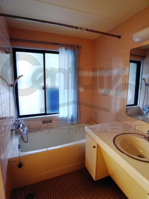 物件番号: 1025865341 第4スカイマンション  神戸市中央区北野町2丁目 3LDK マンション 画像6