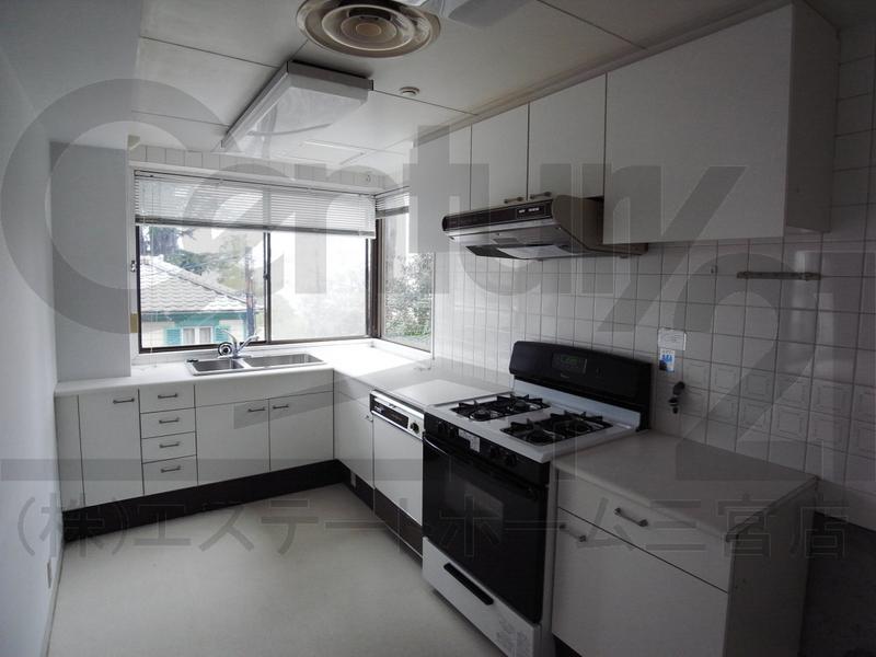 物件番号: 1025865341 第4スカイマンション  神戸市中央区北野町2丁目 3LDK マンション 画像14