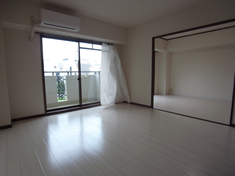 物件番号: 1025851709 ライフ新神戸  神戸市中央区生田町1丁目 2SLDK マンション 画像1