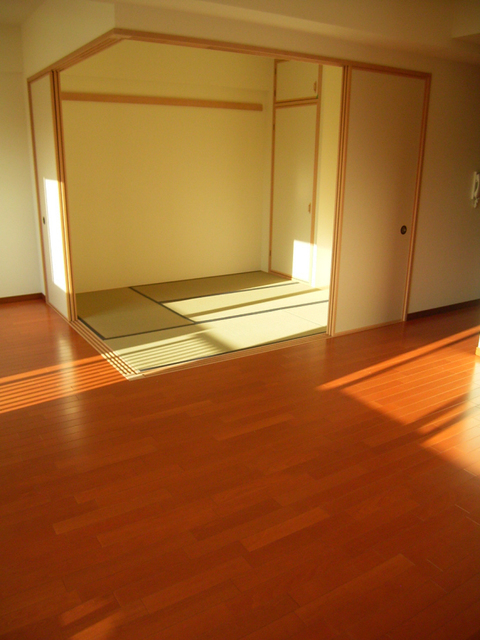 物件番号: 1025852290 レジディア三宮東  神戸市中央区磯上通3丁目 2LDK マンション 画像9