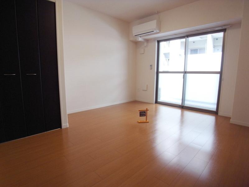 物件番号: 1025854116 レガーロ プラス(REGALO PLUS)  神戸市中央区加納町4丁目 1K マンション 画像2