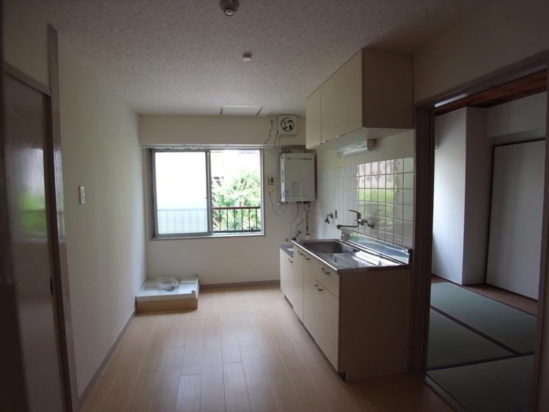 物件番号: 1025855639 中一東ビル  神戸市中央区中山手通1丁目 3DK マンション 画像3