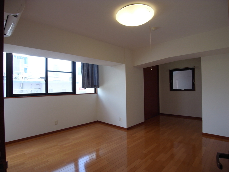 物件番号: 1025856651 J・K CROSS  神戸市中央区北長狭通3丁目 4LDK マンション 画像9