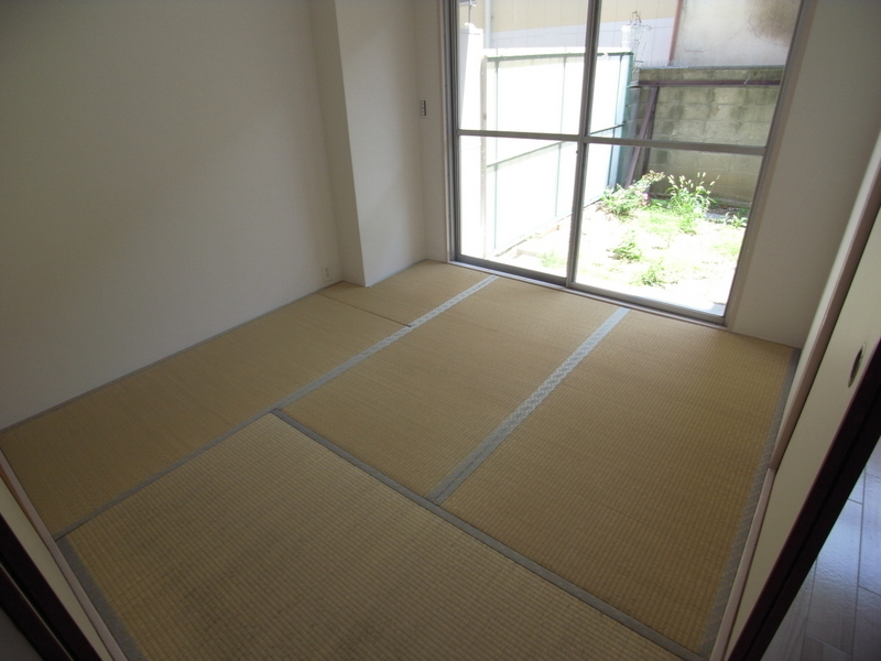 物件番号: 1025856675 楠六住宅ビル  神戸市中央区楠町6丁目 1LDK マンション 画像7