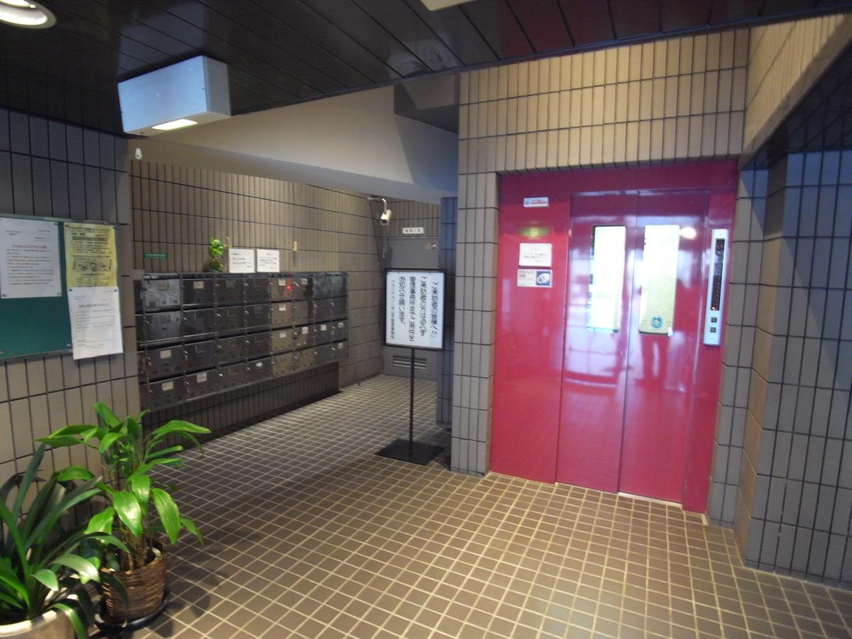 物件番号: 1025856901 グランドメゾン中山手  神戸市中央区中山手通4丁目 3LDK マンション 画像2