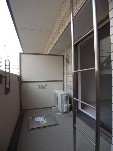 物件番号: 1025881348 エスライズ新神戸Ⅱ  神戸市中央区生田町2丁目 1K マンション 画像3