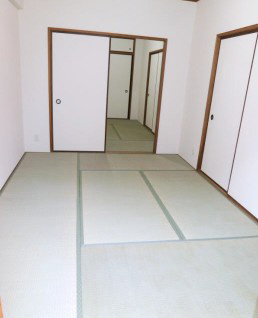 物件番号: 1025857536 パレルミエール岡本  神戸市東灘区田中町3丁目 3LDK マンション 画像3