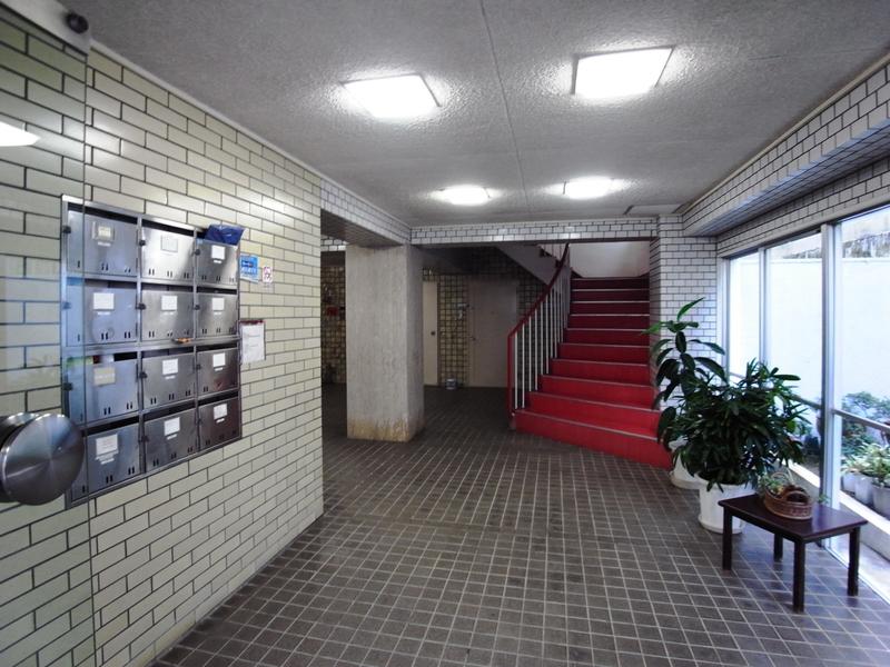 物件番号: 1025860820 第3スカイマンション  神戸市中央区北野町4丁目 3LDK マンション 画像2