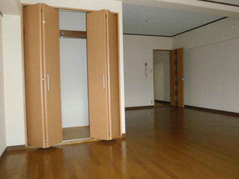 物件番号: 1025860850 古湊ダイヤハイツ  神戸市兵庫区新開地5丁目 1LDK マンション 画像1