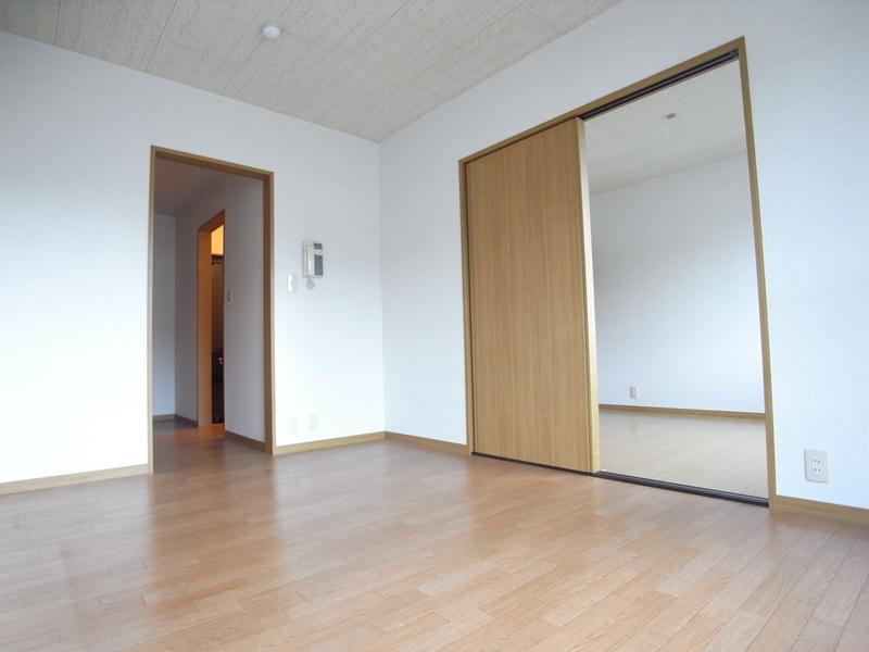 物件番号: 1025866590 中山手ガーデンパレスD棟  神戸市中央区中山手通7丁目 1LDK アパート 画像3