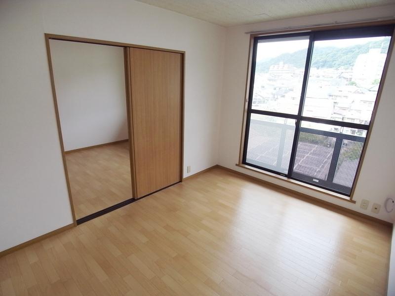 物件番号: 1025860928 中山手ガーデンパレスD棟  神戸市中央区中山手通7丁目 1LDK アパート 画像3