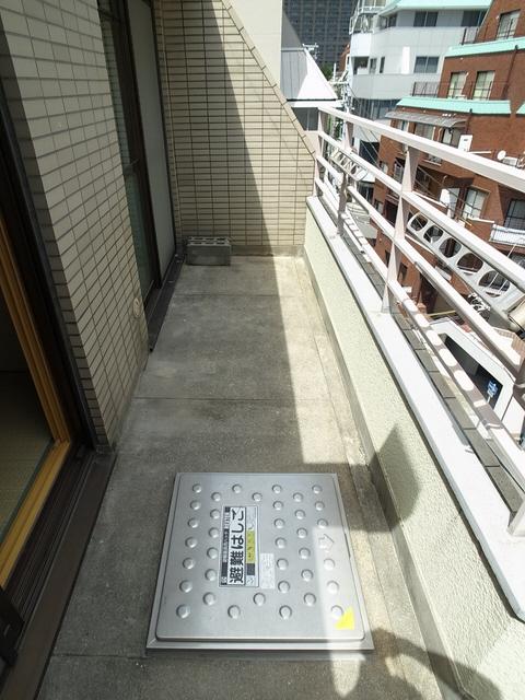 物件番号: 1025861404 メゾンエクレール元町  神戸市中央区北長狭通5丁目 2LDK マンション 画像8
