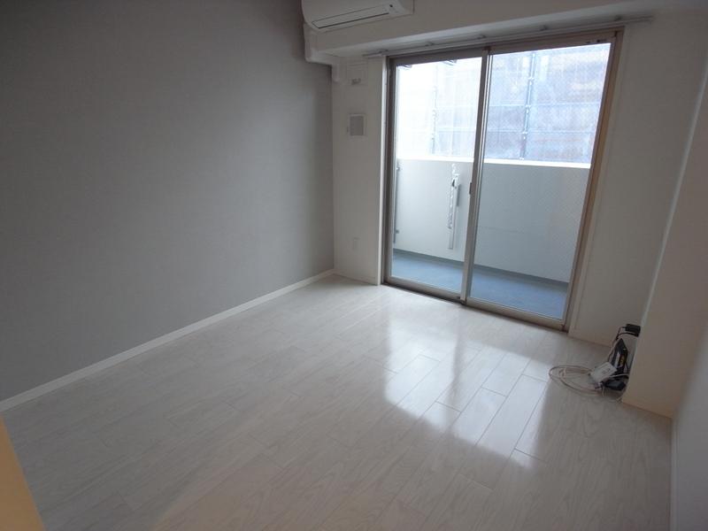 物件番号: 1025882526 J-cube KOBE  神戸市中央区楠町6丁目 1K マンション 画像1
