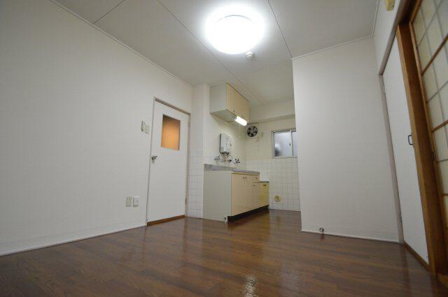 物件番号: 1025867381 佐々木マンション  神戸市兵庫区新開地4丁目 2SDK マンション 画像2