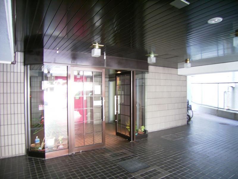 物件番号: 1025868958 グランドメゾン中山手  神戸市中央区中山手通4丁目 3LDK マンション 画像2